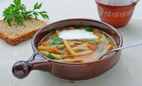 Greita šparaginių pupelių sriuba