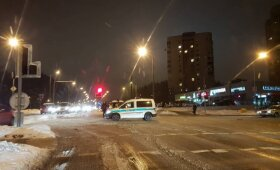 Vilniuje stipriai automobilio sužalotas vyras skubiai išgabentas į ligoninę
