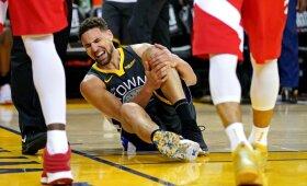 """Traumą patyrusio Klay Thompsono 30 taškų į naujųjų NBA čempionų """"Raptors"""" krepšį"""