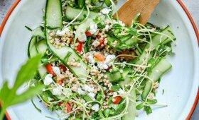 Pavasarinės sorgų kruopų salotos