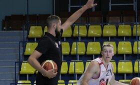 Valančiūnas - apie dviprasmišką NBA sezoną ir laukiančius iššūkius Lietuvos rinktinėje