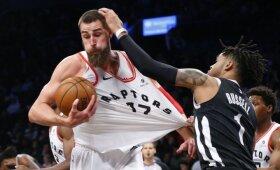 """Į pergalę """"Raptors"""" vedęs nesulaikomas Valančiūnas absoliučiai dominavo Brukline"""