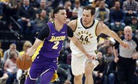 """Be Sabonio žaidę """"Pacers"""" namuose parklupdė """"Lakers"""" ir į gilią žaidybinę duobę kritusį Lonzo"""