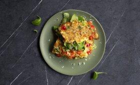 Prancūziškas omletas su paprikomis ir kietuoju sūriu