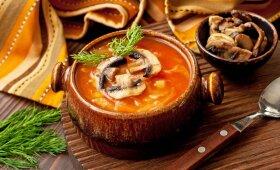 Rusiška raugintų kopūstų sriuba
