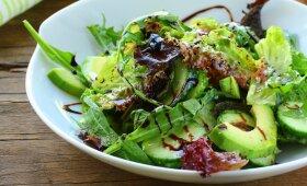 Avokadų salotos – ir alkį malšins, ir figūrą saugos