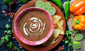 Sopa Tarasca – meksikietiška trinta pupelių sriuba