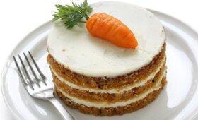 Tobulai skanus morkų tortas Velykoms