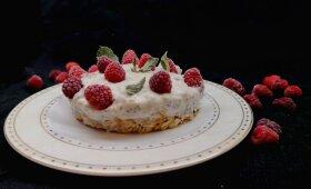 Greitas varškės tortas be pridėtinio cukraus