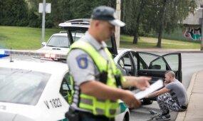 Privalomasis draudimas patirtą žalą atlygina ne visada: ką reikia žinoti visiems vairuotojams