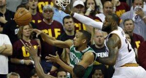 """""""Celtics"""" po stebuklingo tritaškio atsitiesė Klivlande ir sušvelnino Rytų konferencijos rezultatą"""
