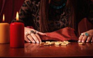 Astrologė Rima: puikus laikas užmegzti naujus ryšius