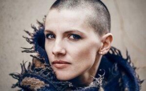 Ar yra chemoterapijos vaistų, kuriuos vartojant neslinktų plaukai?