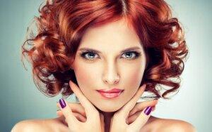 Kaip pasirinkti tinkamą plaukų spalvą