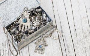 Amuletas ar talismanas - ką ir kaip pasirinkti