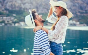 Birželio mėnesio horoskopas visiems zodiako ženklams: meilė užklups netikėčiausiu metu