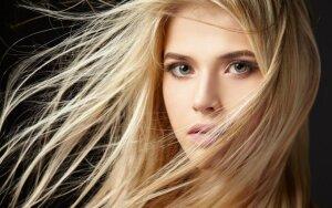 3 plaukų slinkimą stabdančios namų gamybos kaukės
