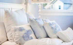 Sužinokite, kaip sutvarkytas miegamasis gali košmaru paversti jūsų miegą ir santuokinį gyvenimą