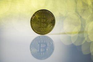kiek laiko pelnas bitkoinas