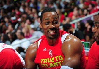 """Pirmasis naujojo Atlantos """"Hawks"""" vadovo ėjimas: D. Howardas išmainytas į """"Hornets"""""""
