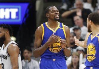 """K. Duranto karjeros rekordas padėjo """"Warriors"""" trečią kartą palaužti """"Spurs"""""""