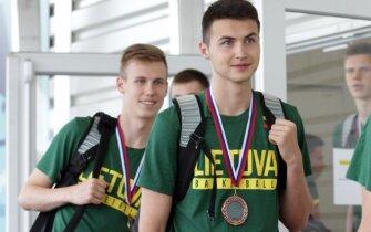 Bronzos medaliais pasidabinę 18-mečiai į Lietuvą grįžo lydimi dvejopų jausmų