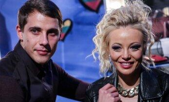 """""""Eurovizijos"""" atrankoje nuo Mios nė per žingsnį nesitraukė jos gražuolis sužadėtinis"""