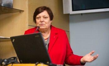 Seimo narės siūlymas: bausti už moterų apipjaustymą