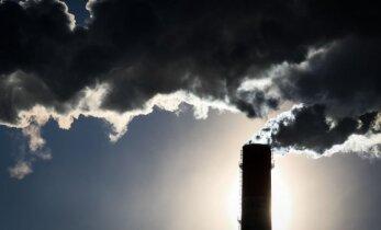 Dirbtinis klimato reguliavimas: rizikinga, bet ar turime kitą išeitį?
