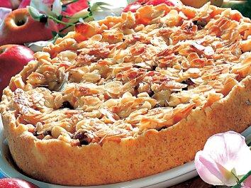 Kriaušių pyragas su migdolais