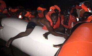 Migrantai iš Afrikos bando pasiekti Europą