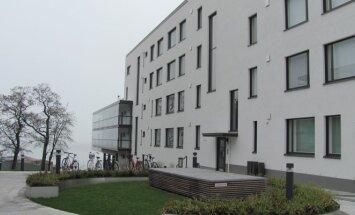 YIT Kausta statytas namas Helsinkyje. Šio namo patalpų vėsinimo sistema naudoja Jūros vandenį