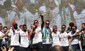 Portugalijos futbolo rinktinė švenčia