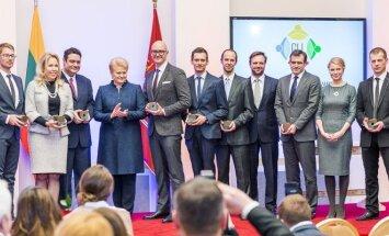 Global Lithuania Awards winners with President Grybauskaitė