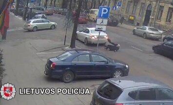Vaizdo įrašas, kaip Vilniuje buvo partrenktas V. Šustauskas