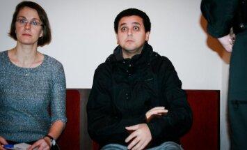 Ibrahimas Ahmadounas ir vertėja