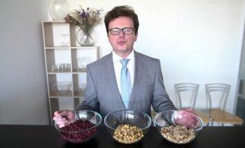 Profesorius Stukas pataria valgyti konservuotus žirnelius: daugelis grubią klaidą padaro vos atsidarę skardinę