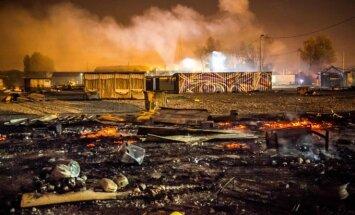 Sudegė pabėgėlių stovykla Šiaurės Prancūzijoje