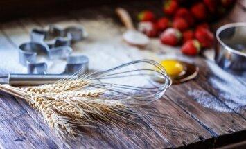 Gudrybės, kaip prižiūrėti medinį pietų stalą, kad juo džiaugtųsi ir anūkai