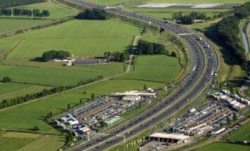 Anot apklausos, smagiausia vairuoti Nyderlanduose