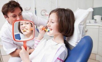 Pirmiau – pas odontologą, paskui pas chirurgą