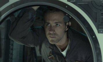 Ryanas Reynoldsas, kadras iš filmo Gyvybė