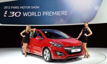 Dabartinės kartos Hyundai i30 prieš 4 metus taip pat debiutavo Paryžiuje