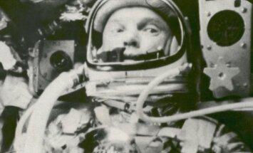 Johnas Glennas, 1962 m.