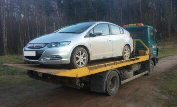 Konfiskuotas brakonieriaus automobilis