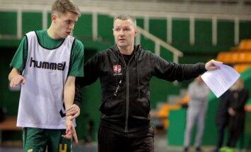 Artūras Juchno ir treneris Kęstutis Rudžionis (E.Šemioto nuotr.)