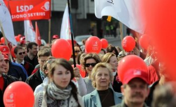 Lithuanian Social Democrats on a May 1 parade