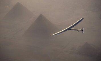Solar Impulse 2 nutūpė Kaire