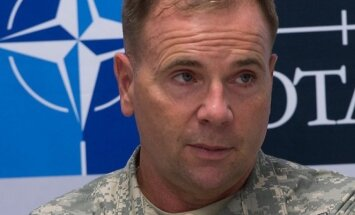 Lieutenant General Ben Hodges