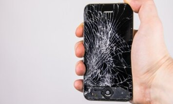 Sudužęs telefonas